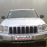 Jeep-Grand-Cherokee-Laredo