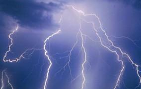 Na čo si dať pozor pri jazde v búrke?