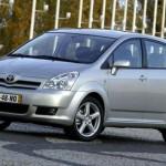 Toyota_Corolla_Verso