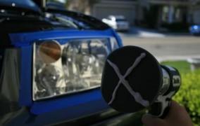 Ako vyleštiť škrabance na predných svetlách