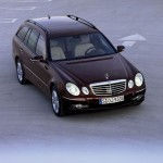 Mercedes_Benz_E_kombi_17