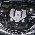 Mercedes_C63_AMG_motor