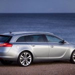 Opel_Insignia_Sports_Tourer_2010_05