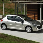 Peugeot_207_08