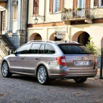 skoda_superb_kombi_03