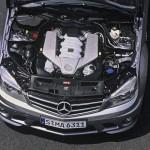 Mercedes_C63_AMG_07