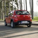 Dacia_Sandero_Stepway_2010_06