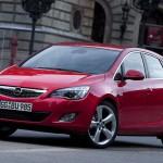 Opel_Astra_2010_02