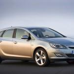 Opel_Astra_2010_03