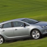 Opel_Astra_2010_05