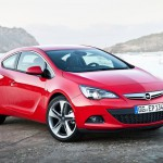 Opel_Astra_GTC_2012_02