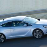 Opel_Astra_GTC_2012_04