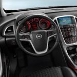 Opel_Astra_GTC_2012_09