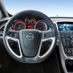 Opel_Astra_OPC_2013_08