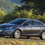 Opel_Astra_sedan_2013_02