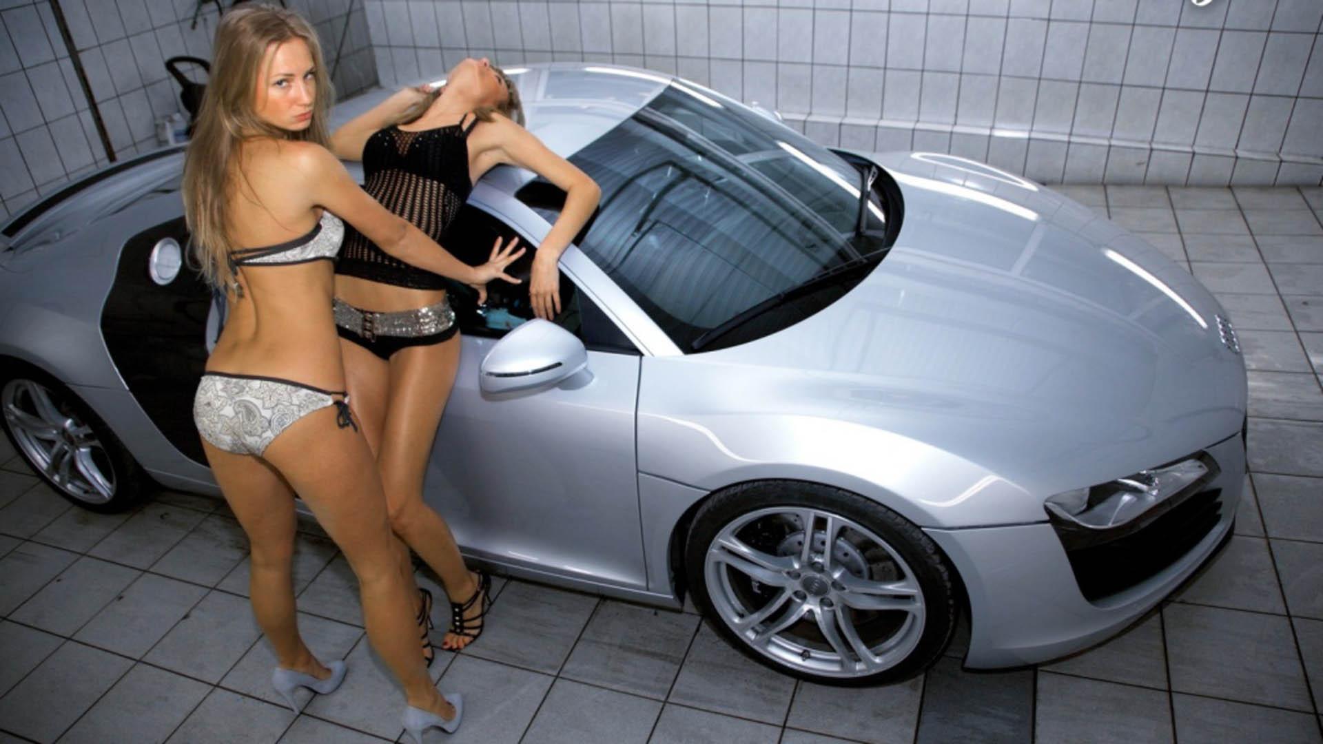 Audi R8 nažhaví každého