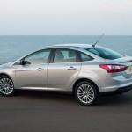 Ford-Focus_Sedan_2011_800x600_wallpaper_0d