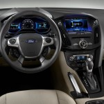 Ford_Focus_Electric_2012_04