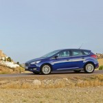 Ford_Focus_III_2011_15
