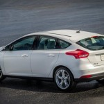Ford_Focus_III_2011_16
