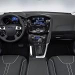 Ford_Focus_III_2011_interier