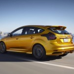 Ford_Focus_ST_2012_04