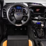 Ford_Focus_ST_2012_05