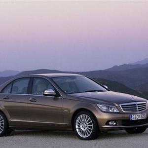 Mercedes_C_2008_W204.jpg