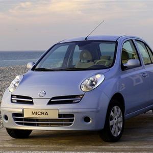Nissan-Micra_2005.jpg