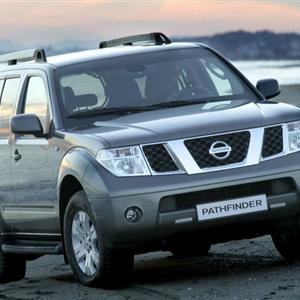 Nissan_Pathfinder_R51_2005_07.jpg
