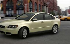 Volvo S40 (2004-2012) – recenzia a skúsenosti