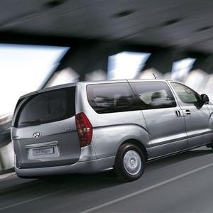 Hyundai_H-1_11.jpg