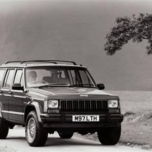 Jeep_Grand_Cherokee_1993_1.jpg