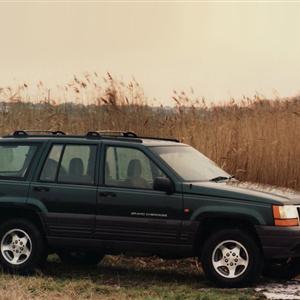 Jeep_Grand_Cherokee_1996_2.jpg