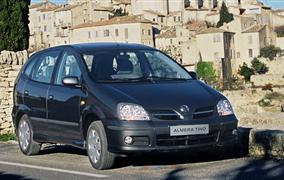 Nissan Almera Tino (V10, 2000-2007) – recenzia a skúsenosti