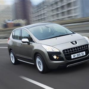 Peugeot_3008_2010_02.jpg