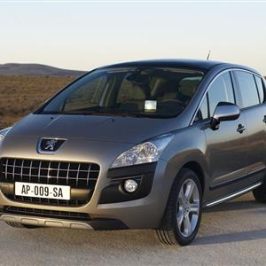 Peugeot_3008_2010_03.jpg