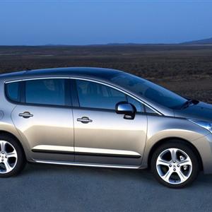 Peugeot_3008_2010_04.jpg