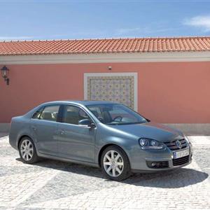 Volkswagen_Jetta_2006_03.jpg