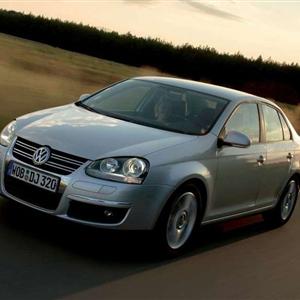 Volkswagen_Jetta_2006_04.jpg