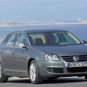 Volkswagen_Jetta_2006_09.jpg