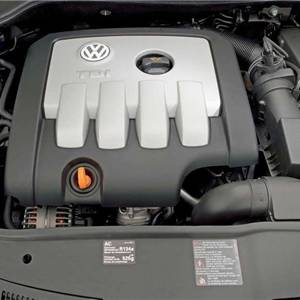 Volkswagen_Jetta_2006_22.jpg
