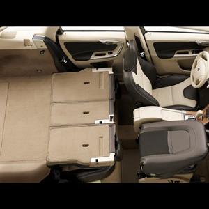 Volvo_XC60_2009_19.jpg