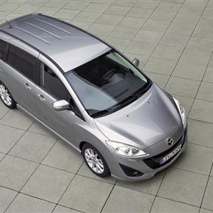 Mazda_5_2013_01.jpg