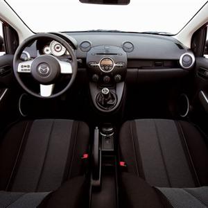 Mazda_2_2008_13.jpg