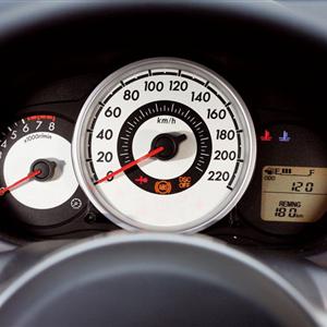 Mazda_2_2008_14.jpg