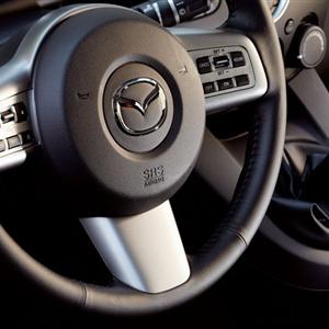 Mazda_2_2008_15.jpg