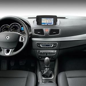 Renault_Fluence_07.jpg