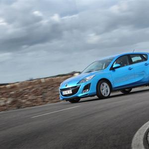 Mazda_3_2010_06.jpg