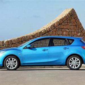 Mazda_3_2010_08.jpg